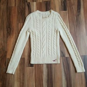 HOLLISTER Cream Knit Sweater • NWOT • Small